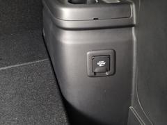 04 09 アウトランダーPHV 三菱自動車 (14).JPG